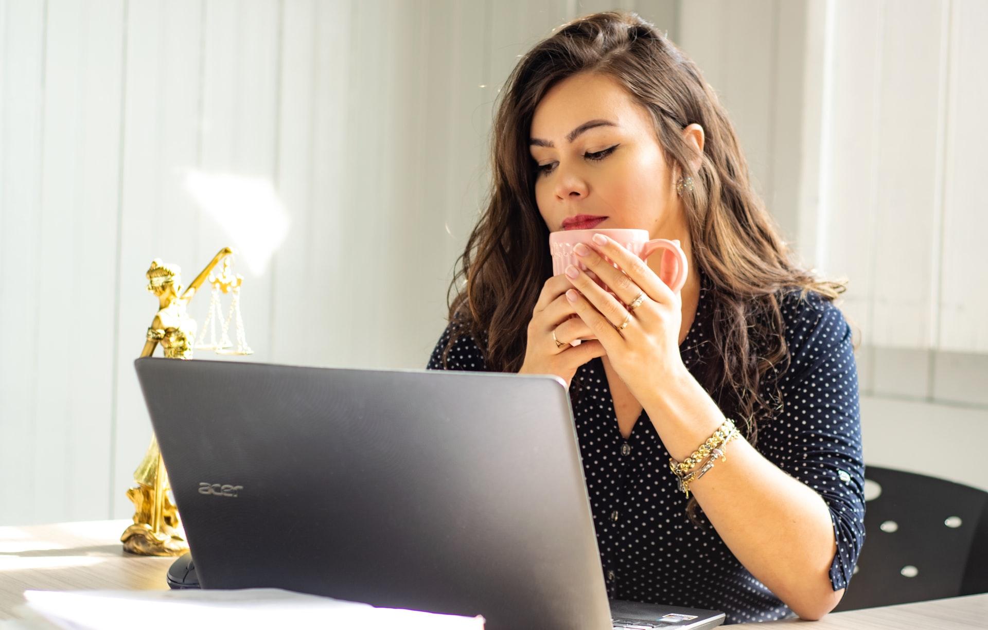 woman laptop